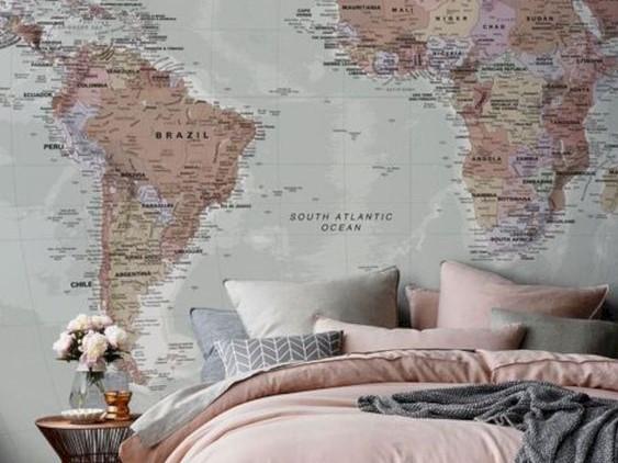 استفاده از نقاشی یا پوستر نقشه جهان