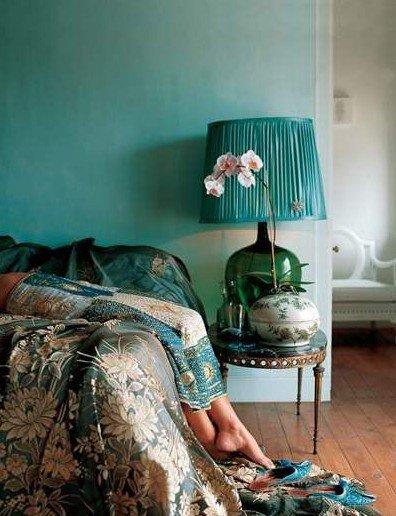 دکوراسیونی شگفتانگیز با رنگ آبی فیروزهای