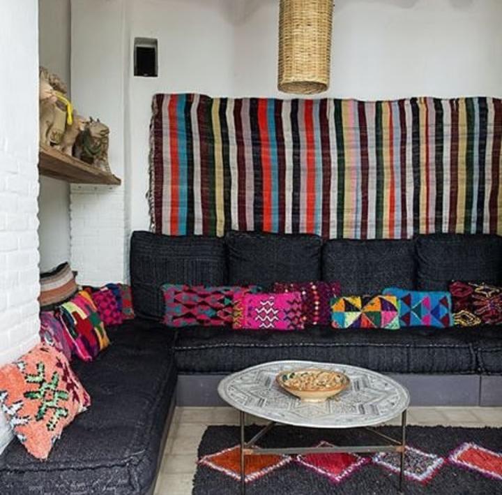 اتاق نشیمن سنتی ایرانی