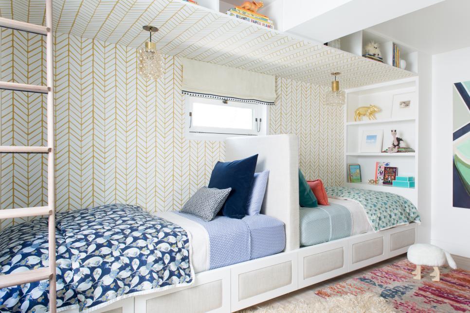 دکوراسیون اتاق خواب دو تخته کوچک