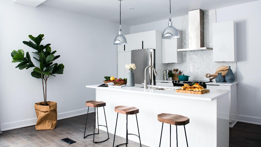 آشپزخانه شیک و ساده